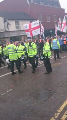 Menacing EDL Demo in Luton Highlights the Aggressive Nature of this 'Group'