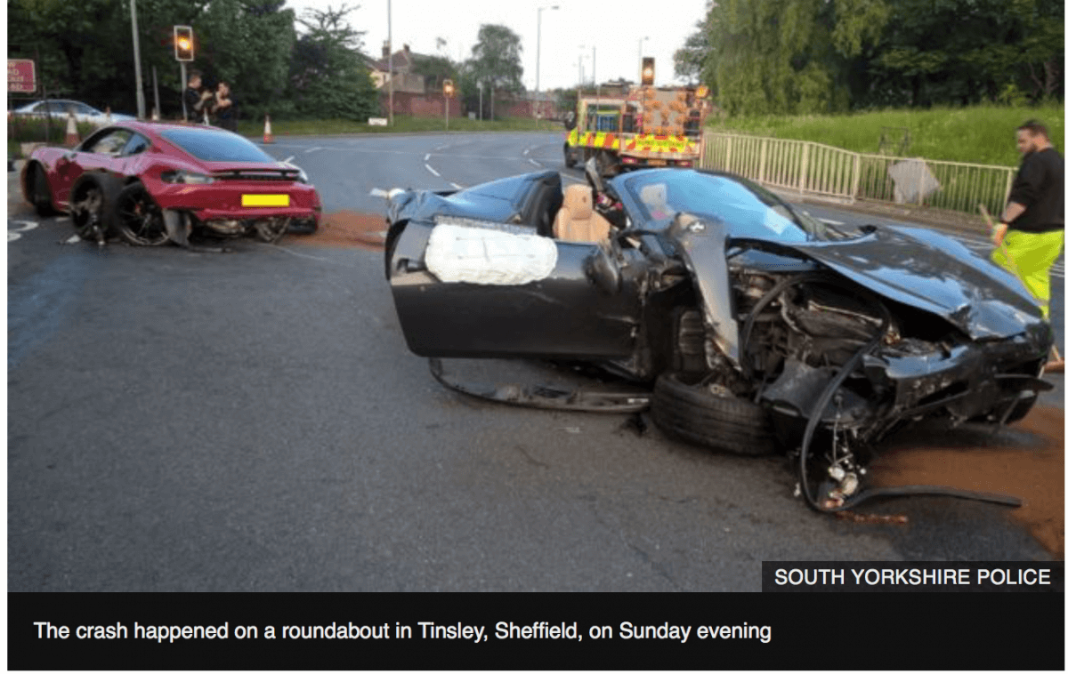 British Muslims Trying to Help Clear a Road Vehicle Accident are Abused in Sheffield