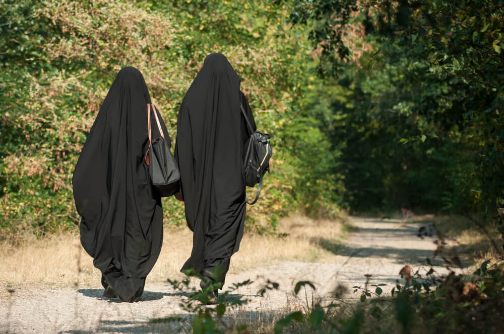 "Muslim woman in niqab told ""there was no need for al-Qaeda in the area"""
